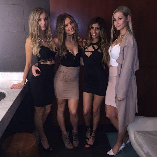 Girls In Tight Dresses (33 pics)