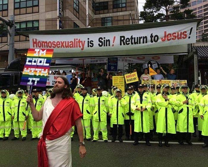 Funny Pride Signs (20 pics)