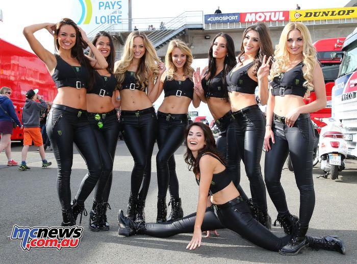 Grid Girls (34 pics)