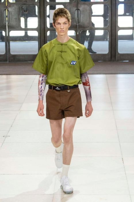 Chinese Cyberpunk At The Men's Fashion Week In London (23 pics)