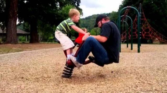 Men Doing Funny Things (36 pics)