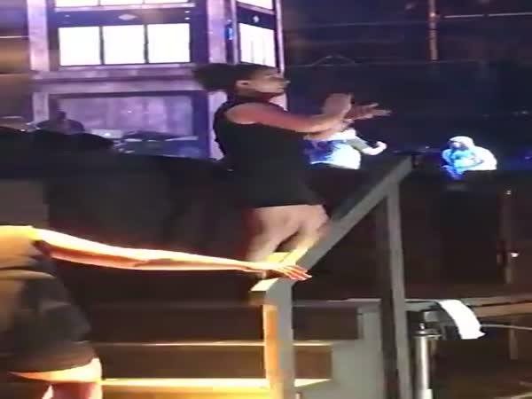 Sign Language Interpreter At Eminem Concert Has To Be A Demigoddess!