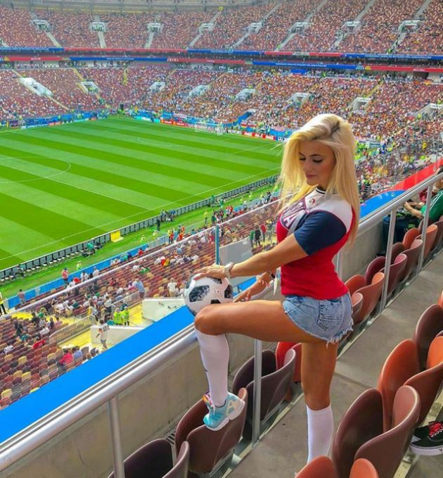 Girls Of The World Cup (23 pics)