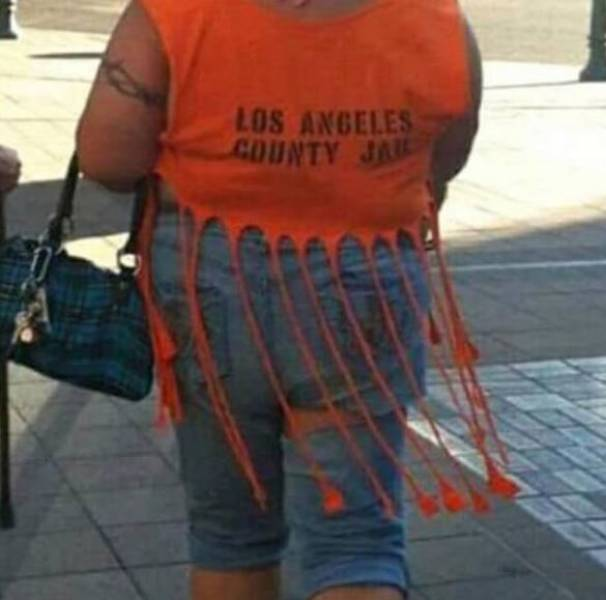 Something Is Wrong With These People (29 pics)
