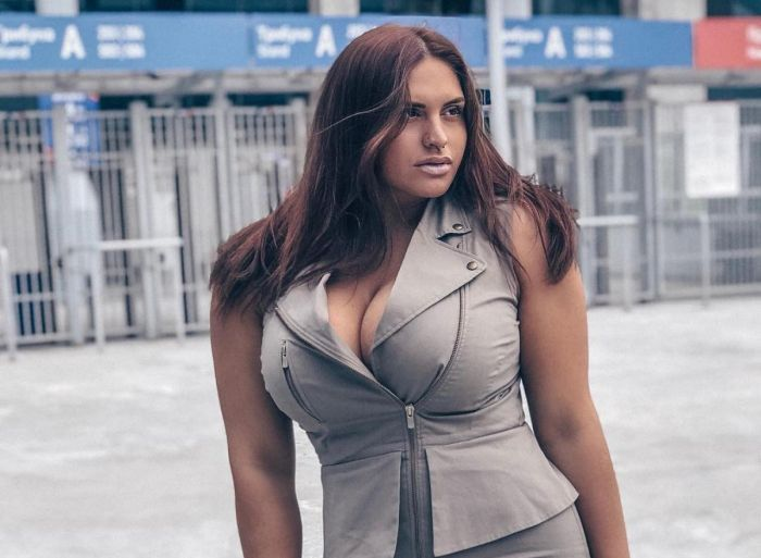 Strong Girl Nastia Blinova (11 pics)