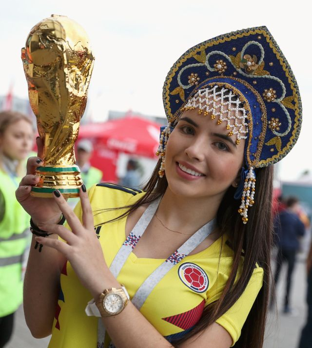 Hot World Cup Fans (25 pics)