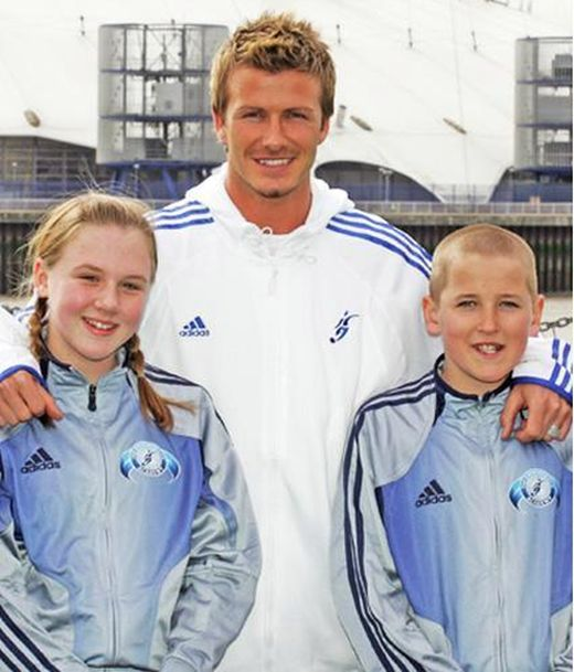 Harry Kane And His Wife Made a Photo With David Beckham 13 Years Ago (3 pics)