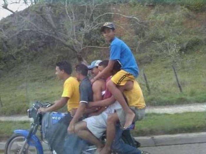 Men Love To Live Dangerous (31 pics)
