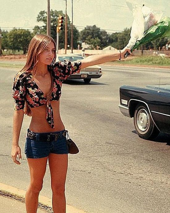 Hot Girls Of The 70s (20 pics)