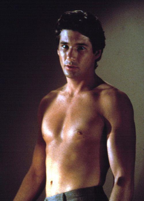 When Famous Actors Gain Weight (12 pics)