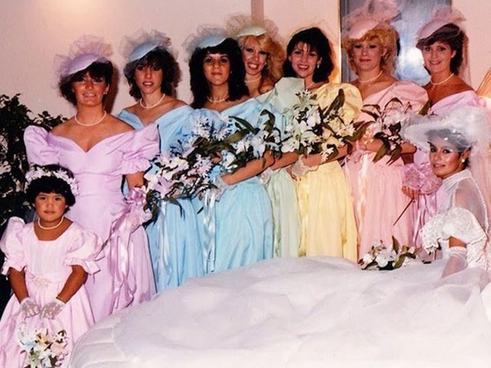 Vintage Bridesmaids Dresses (21 pics)