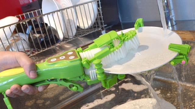 Motorized Handheld Dish Scrubber (4 pics)