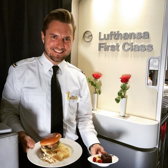 First Class In Different Airlines (38 pics)