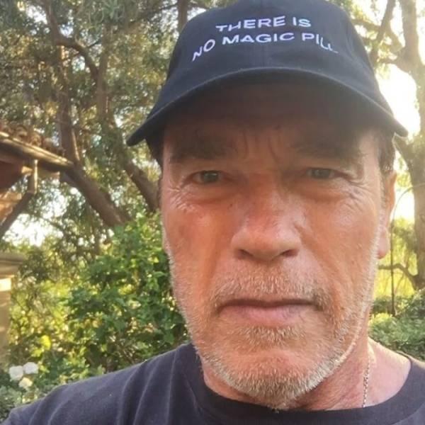 When Arnold Replies (6 pics)