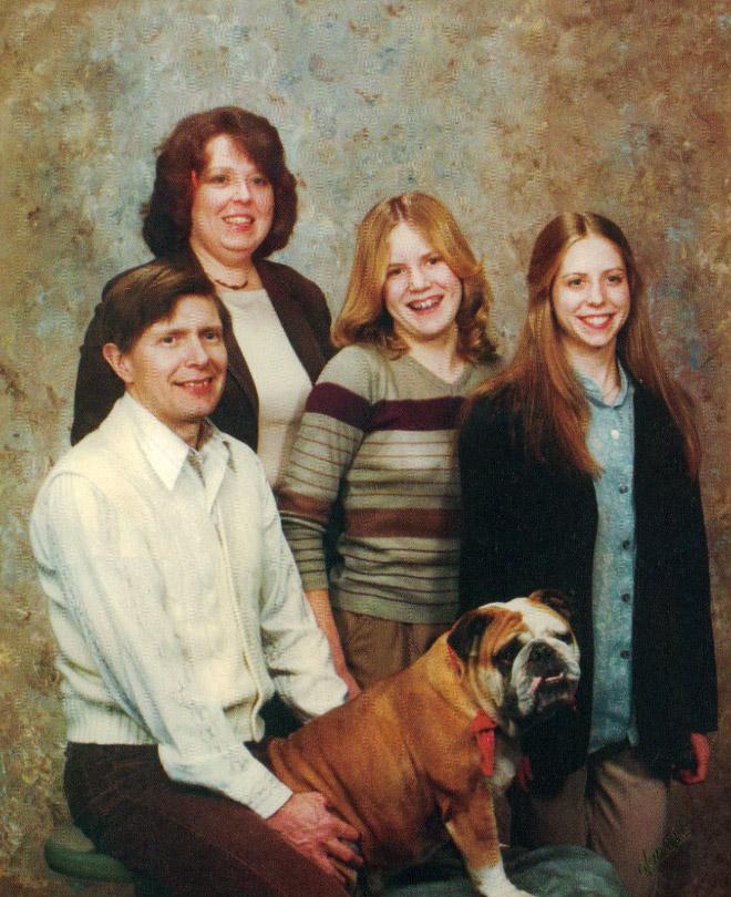 Awkward Family Photos From The 1980s (22 pics)