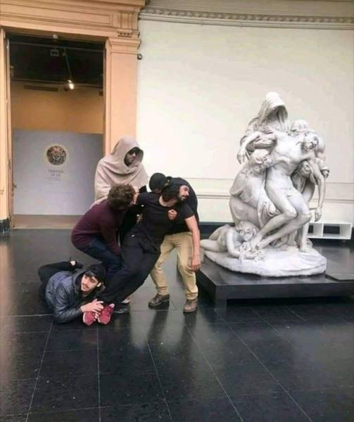 People Acting Stupid (39 pics)