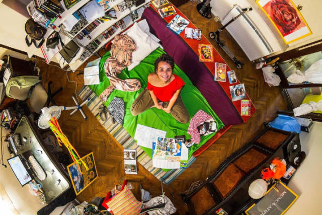 Bedrooms Of  Millenials Around The World (19 pics)
