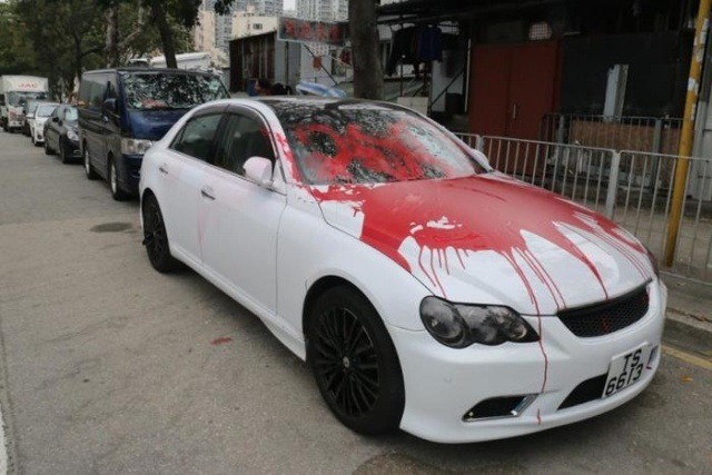 How Chinese Mafia Collects Debts (10 pics)