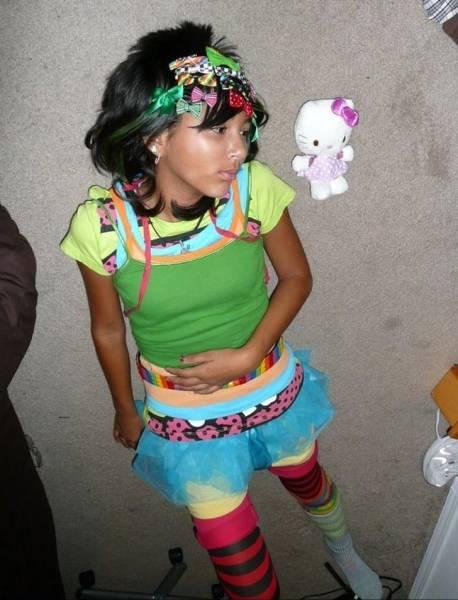 Embarrassing Childhood Photos (26 pics)
