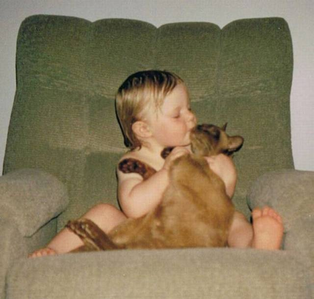 Growing Up With A Cat (3 pics)