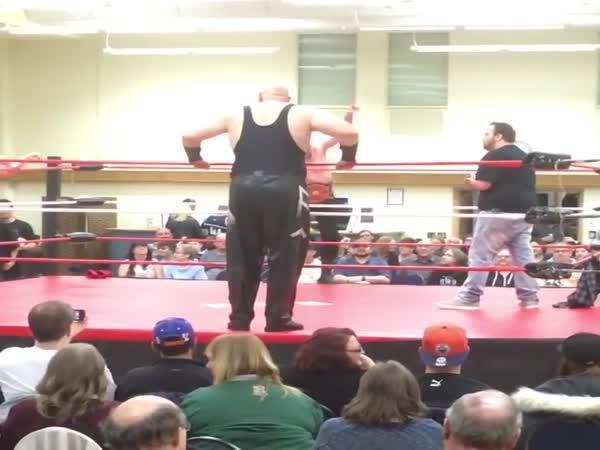 Huge Wrestler Falls Going Over Top Rope