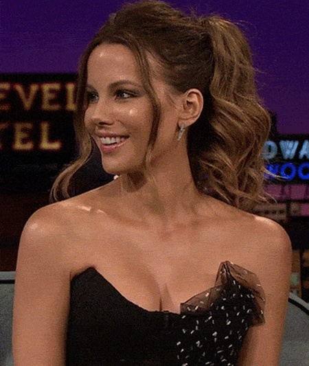 Hot Kate Beckinsale GIFs (15 gifs)