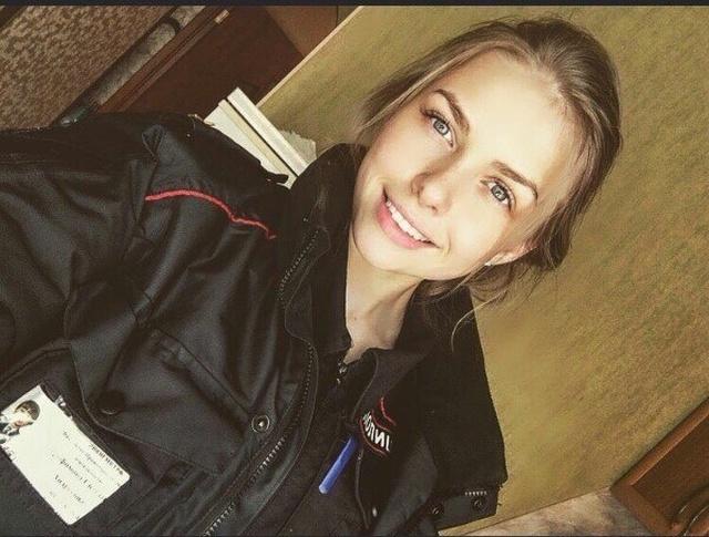 Cute Russian Police Girls (25 pics)