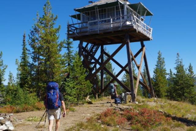Idaho Seasonal Ranger Observation Post Is A Very Cool Place (4 pics)