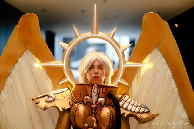 Stunning Celestine Cosplay from Warhammer 40,000 (15 pics)