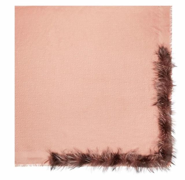 Fendi's Fur-Trimmed Shawl Looks Like A... (3 pics)