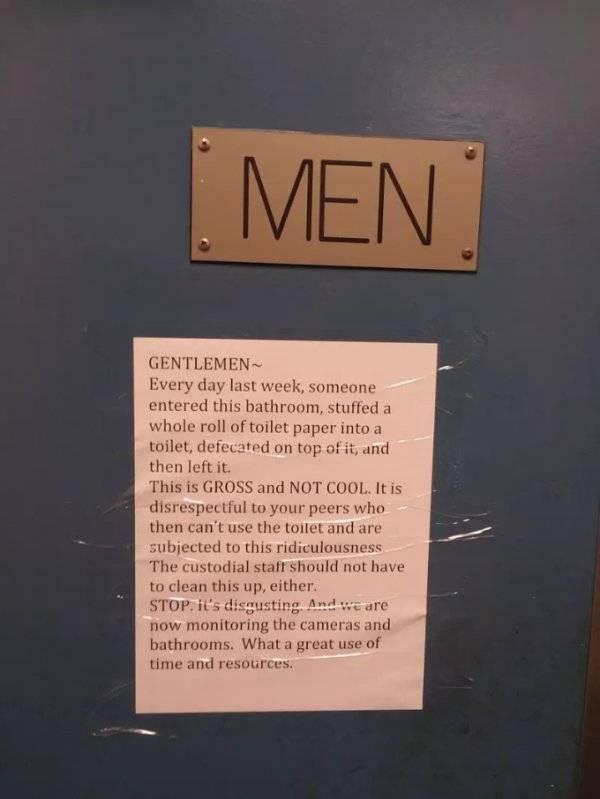 Bathroom Etiquette (22 pics)