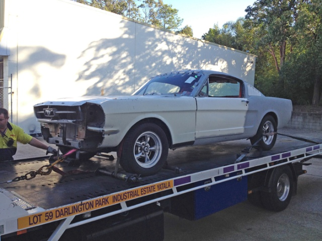 1965 Ford Mustang Fastback (25 pics)