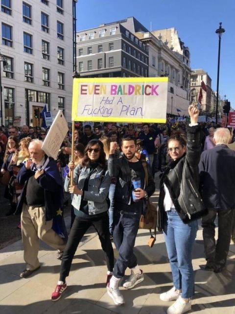 British Humor At An Anti-Brexit Protest (40 pics)
