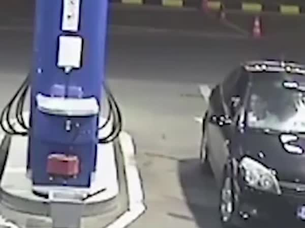Why You Don't Smoke At The Gas Station