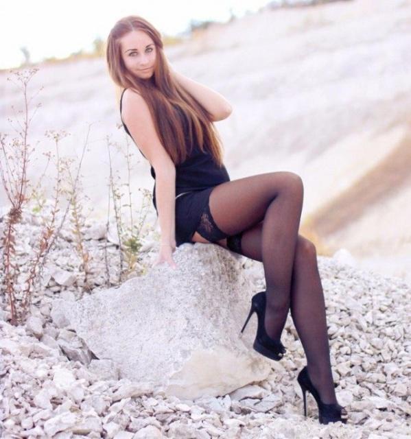 Girls On High Heels (50 pics)