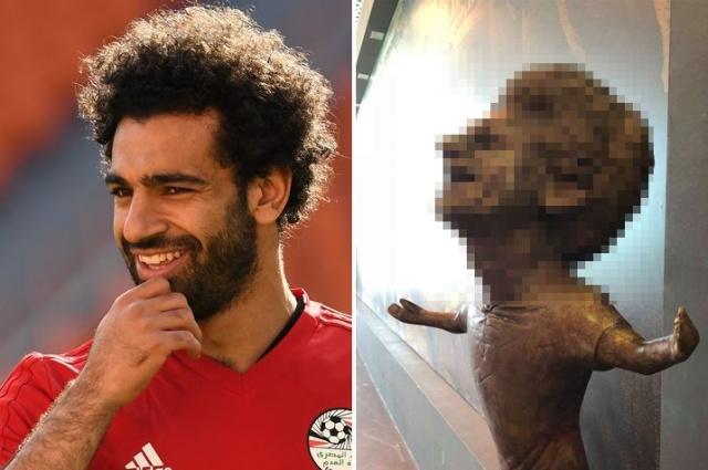 A Very Strange Egyptian Statue Of Mohammed Salah (3 pics)