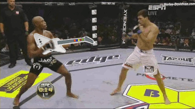 Funny MMA Moments (16 gifs)