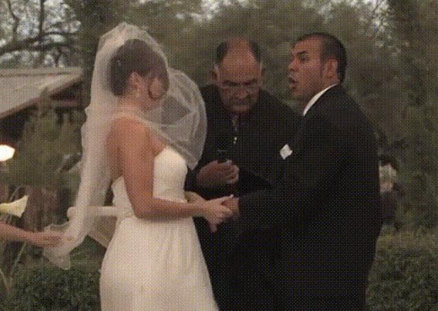 Funny Wedding Moments (12 pics)