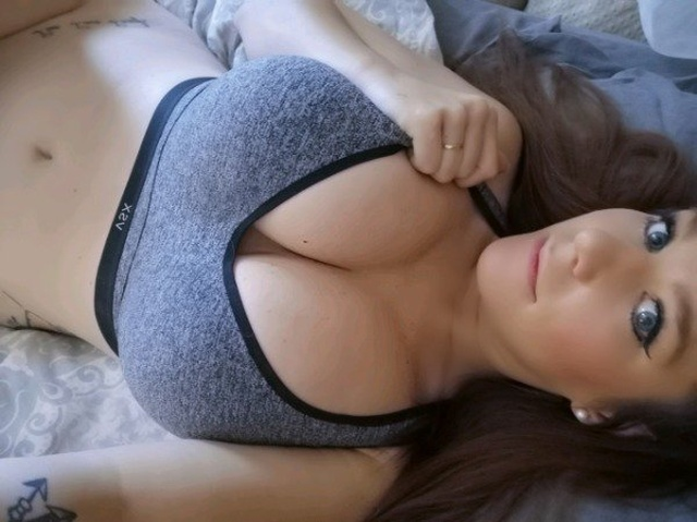 Cleavage Is The Best Thing Ever (30 pics)