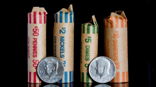 Fake Coins (2 pics)