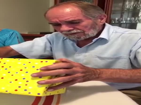 Dad Finds Out He's Going To Be A Grandfather For The First Time
