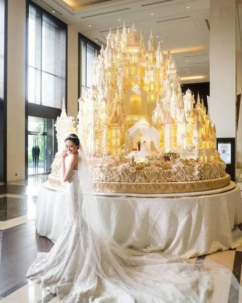 Amazing Cakes (24 pics)
