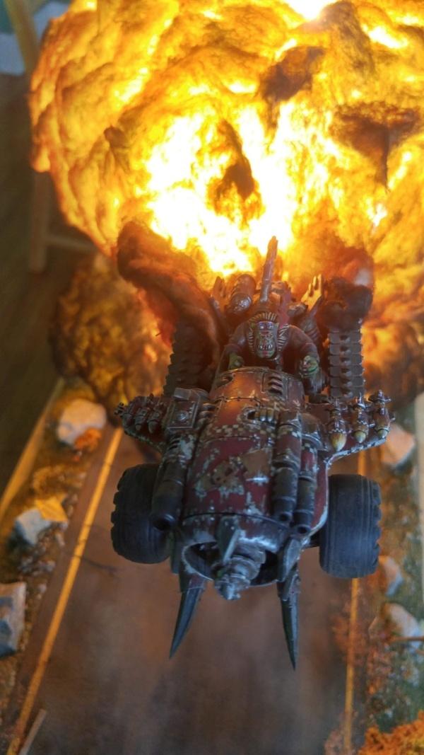 Warhammer 40k Diorama (5 pics)