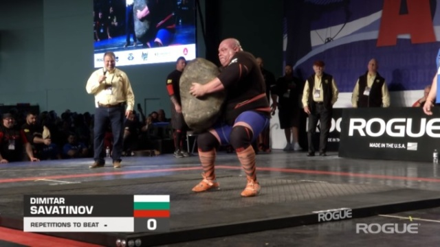 Strongman Dimitar Savatinov Lifts World's Largest Potato (12 pics)