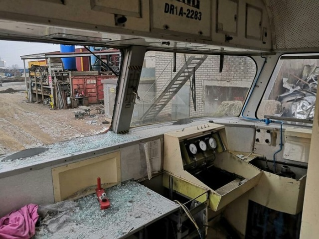 Goodbye Diesel Train (9 pics)