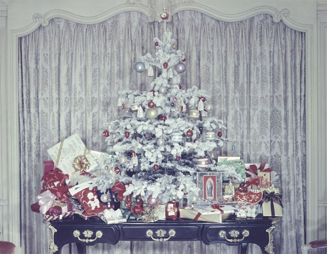 Photos Of Christmas Home Decor In The 1950s And 1960s (30 pics)