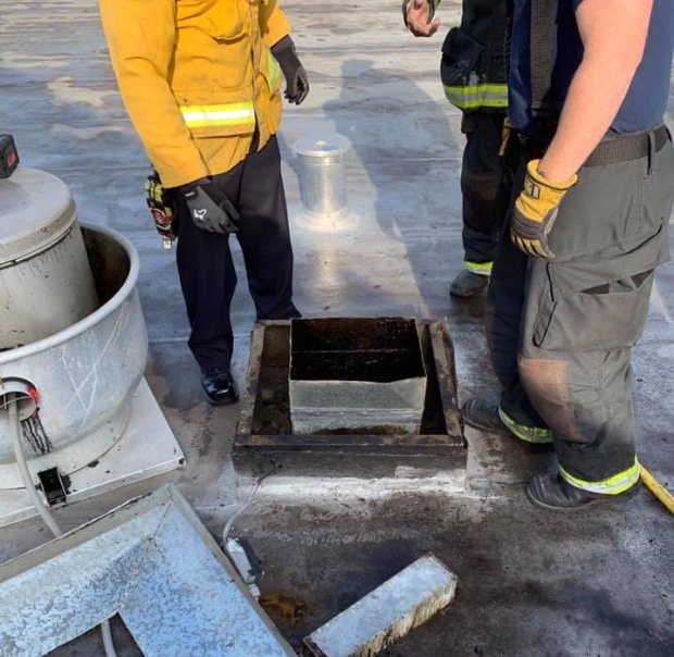Would-be Burglar Rescued After Getting Stuck In Restaurant Grease Vent For 2 Days (6 pics)