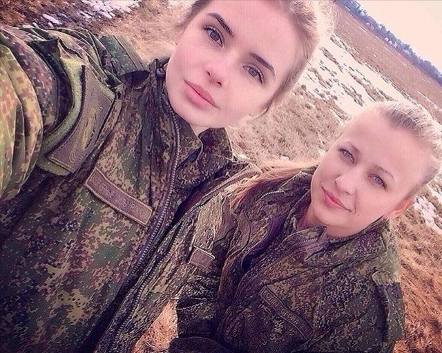 Russian Army Girls (14 pics)