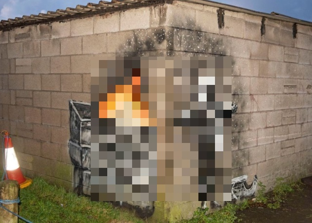 New Banksy's Masterpiece (3 pics)