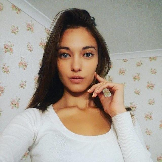 Hot Selfies (30 pics)
